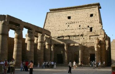 EGYPTE 080 - LOUXOR TEMPLE - COURS