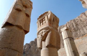 EGYPTE 087 - LOUXOR - THEBES - DEIR EL BAHARI 11